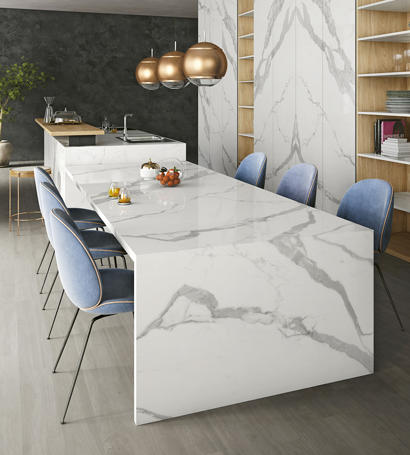 Tavoli Infinity in gres effetto marmo